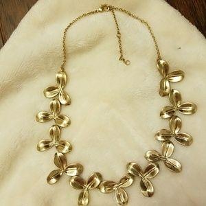 Pretty Costume Jewlery - necklace and bracelet